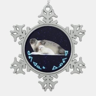 Kuvianak Innovia - Ringed Seal Pewter Snowflake Decoration