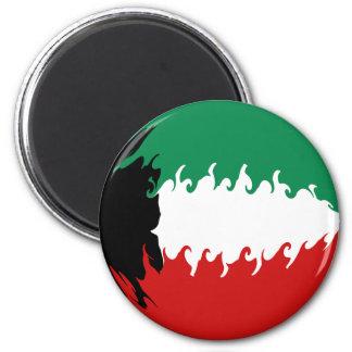 Kuwait Gnarly Flag 6 Cm Round Magnet