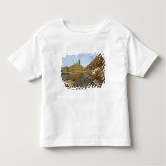Kyleakin, Scotland. The ancient ruins of Toddler T-Shirt