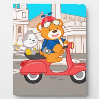 La Dolce Vita Romana - Nano Bear & Junior Monkey Plaque
