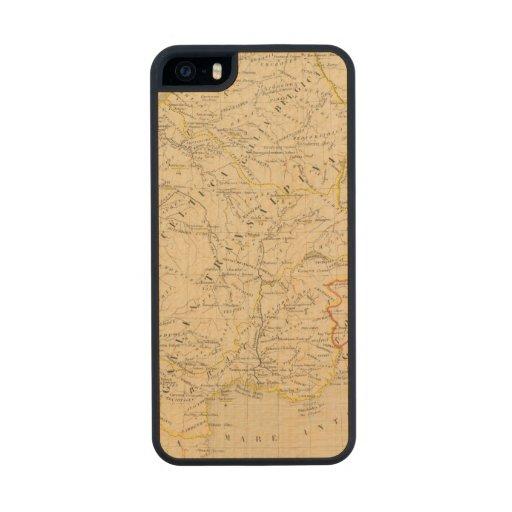 La Gaule Carved® Maple iPhone 5 Slim Case