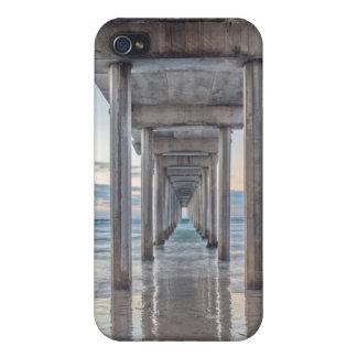 La Jolla, Scripps Pier iPhone 4 Covers