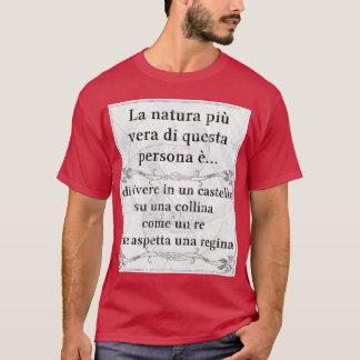 La natura più vera: castello re regina aspettare T-Shirt
