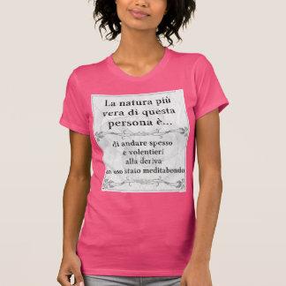 La natura più vera: meditare deriva pensieri t shirt