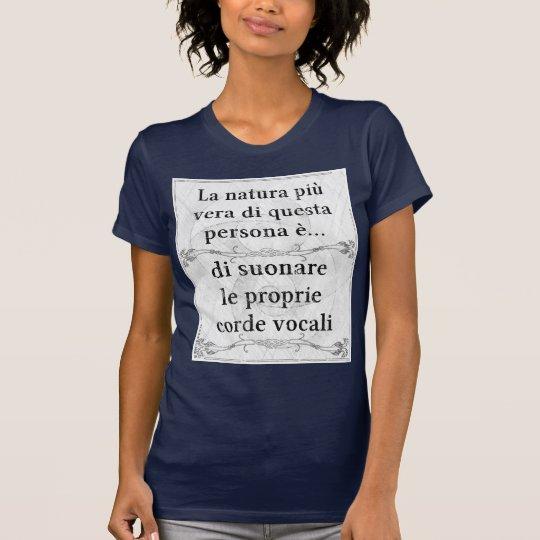 La natura più vera: suonare corde vocali cantare T-Shirt