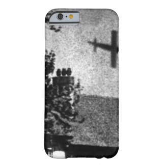 La Vie a Londres pendant la guerre_War Image Barely There iPhone 6 Case