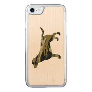 Labrador Retriever in Camouflage Colors Carved iPhone 7 Case