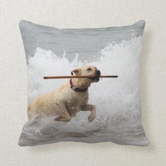 Labrador - Yellow - Go Fetch! Beach Dogs Cushion
