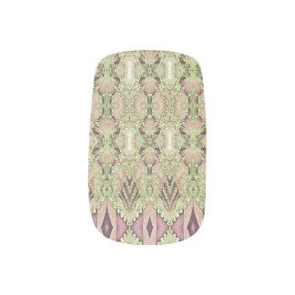 Lace on purple minx nail art