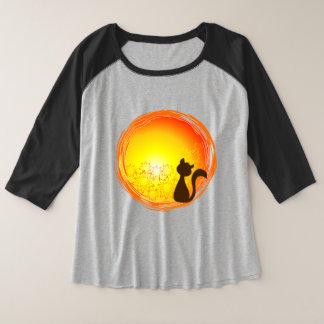 Ladies 3/4 sleeve blouse with cat design watching plus size raglan T-Shirt