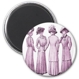 Ladies of the belle epoche. 6 cm round magnet