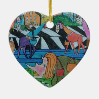Ladies shopping in the Toon Ceramic Heart Decoration