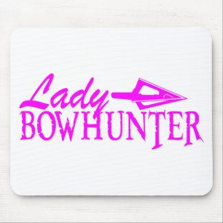 LADY BOWHUNTER MOUSE PAD
