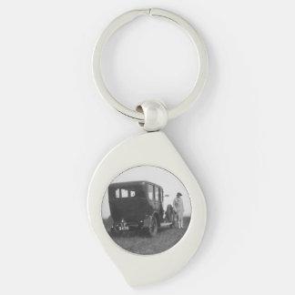 Lady & Car Black & White Swirl Metal Keychain Silver-Colored Swirl Key Ring