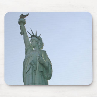 lady liberty mouse mat