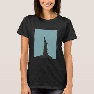 Lady Liberty Women's Basic T-Shirt
