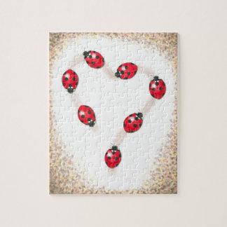 Ladybug Heart Jigsaw Puzle Puzzle