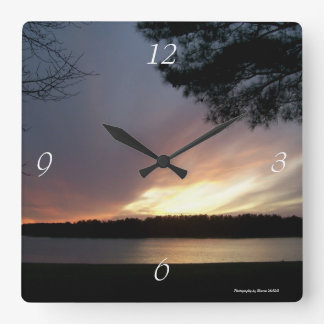 Lake clock