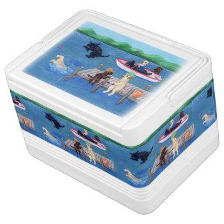 Lake Fun Labradors Painting Igloo Cool Box