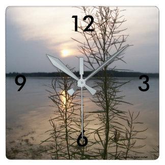 Lake weeds clock