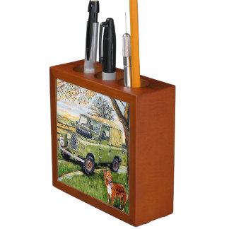 Land Rovers Pen & Pencil Organiser
