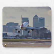 Landing at London City airport Mouse Mat