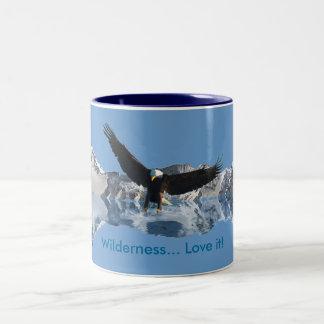Landing Bald Eagle Wildlife-supporter Drinkware Mug