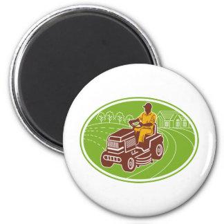 landscaper gardener lawn mower 6 cm round magnet