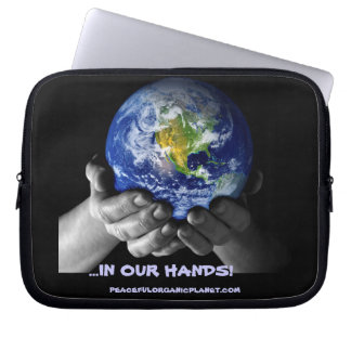 LAPTOP SLEEVE - EARTH HANDS