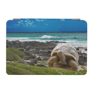 Large turtle at the sea edge iPad mini cover