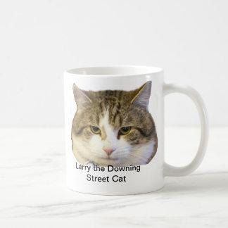 Larry the Downing Street Cat Face - Catching rats Basic White Mug