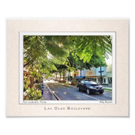 Las Olas under the Trees Photo Print