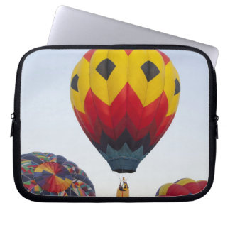 Launching hot air balloons laptop sleeve
