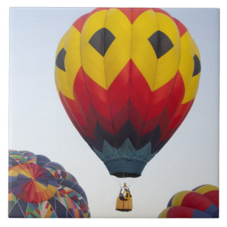 Launching hot air balloons tile