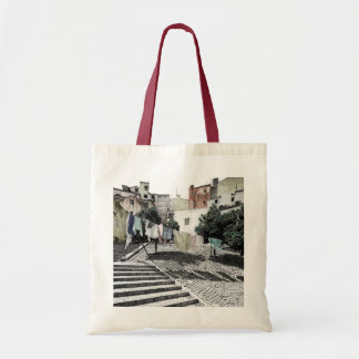 LAUNDRY LINE IN URBAN LISBON TOTE BAG