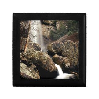 Laurel Falls Small Square Gift Box