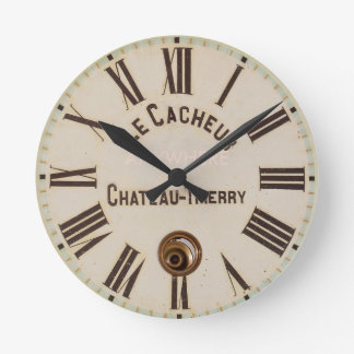 LE CACHEUR | Classic aged captured style Wall Clocks