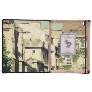 Le Marais in Paris, France, Idyllic Architecture Cases For iPad