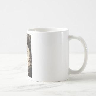 le Vampire Basic White Mug