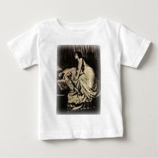 Le Vampire by Burne-Jones 1897 T-shirts