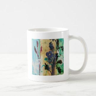 Leaf Berry Flower Classic White Coffee Mug