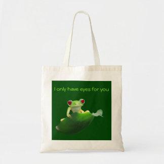 Leaf frog with heart eyes tote bag