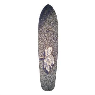 leaf on road skate deck