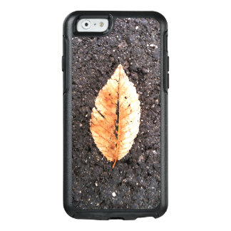leaf OtterBox iPhone 6/6s case