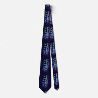 leaf paint tie