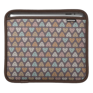 Leaf pattern 2 iPad sleeve