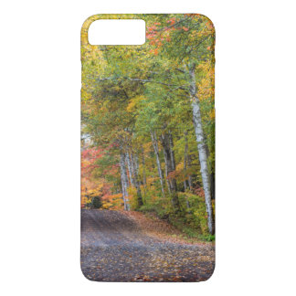 Leaf Strewn Gravel Road With Autumn Color iPhone 8 Plus/7 Plus Case