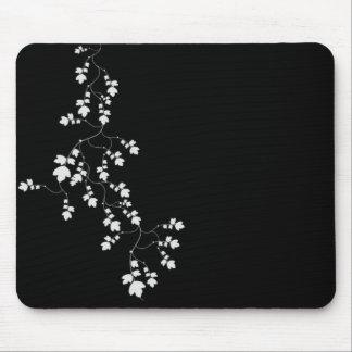 Leaf vine mouse pad