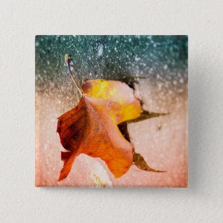 Leaning leaf 15 cm square badge