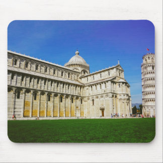 Leaning tower in Pisa Mousepads